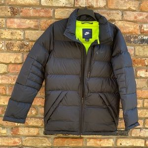 Nike Puffer Jacket Duck Down Fill Black Size Small